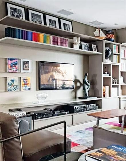 实用客厅电视背景墙收纳装修