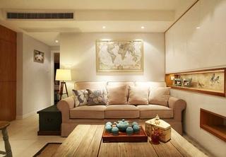 温馨简美式小客厅 沙发背景墙设计