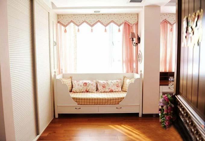 飘窗抱枕设计布置图片