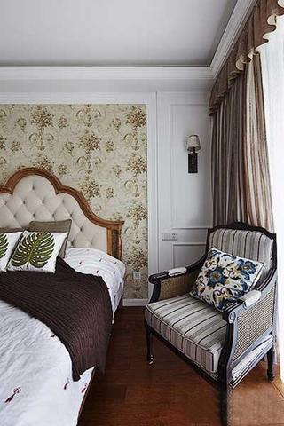 三室两厅美式乡村装修卧室设计