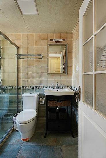130平低调简欧风格装修卫生间设计