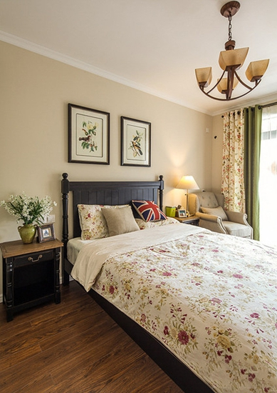 120平温馨美式风格装修美式卧室设计