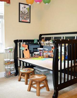 婴儿床改造儿童房书桌图片