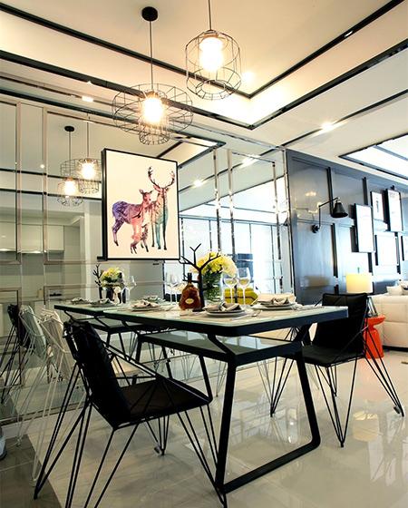 现代混搭风餐厅 镜面背景墙设计