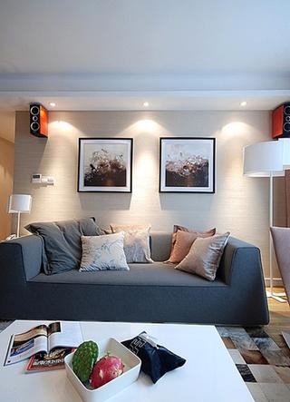 130平温馨简约风格装修沙发背景墙设计