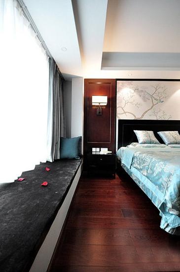 温馨儒雅新中式 卧室过道设计