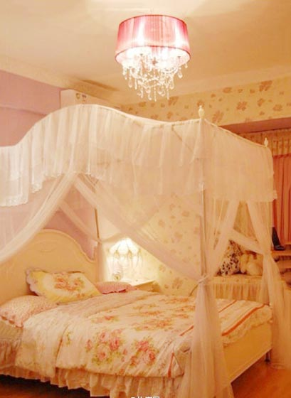 粉色女孩卧室实景图