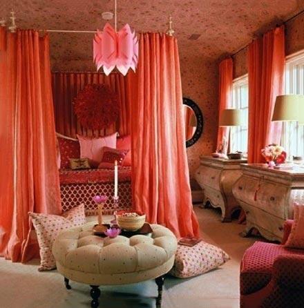 粉色女孩卧室实景布置图