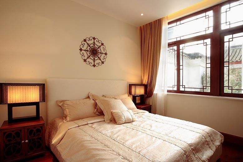 卧室床头背景装饰装修图片