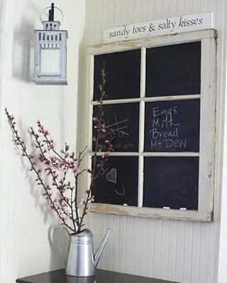 旧木门改造黑板背景墙效果图