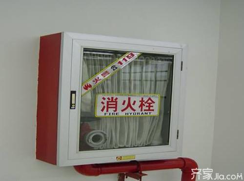 室内消火栓,是消防水系统重要的一部分,它安装在室内消防箱内,一般