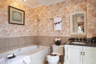 卫生间壁纸装修装饰效果图
