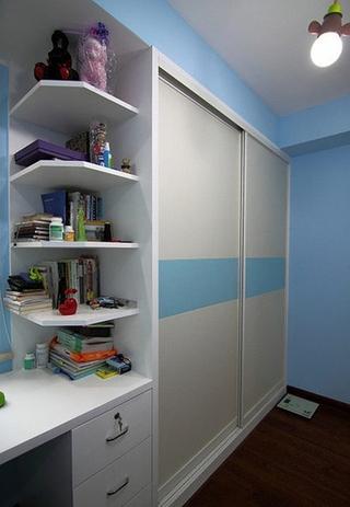 三居室旧房改造装修整体衣柜设计