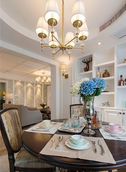 品质三居室装修餐厅实景图