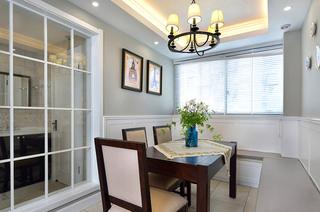 140平美式三居室餐厅吊顶装修