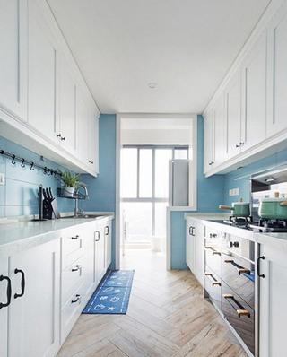 130平北欧风格三居厨房装潢图片