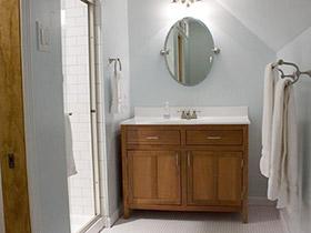 精巧布置大空间  10个阁楼卫生间装修图片