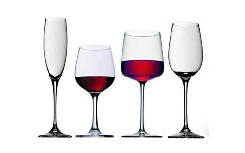 德国肖特红酒杯_拿红酒杯相关图片展示_拿红酒杯图片下载