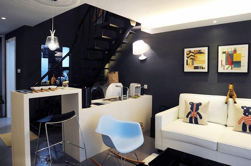 80平loft风格两居客厅吧台隔断