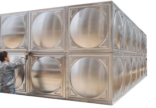 太陽能水箱