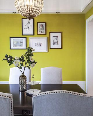 150平美式四房餐厅背景墙装饰画
