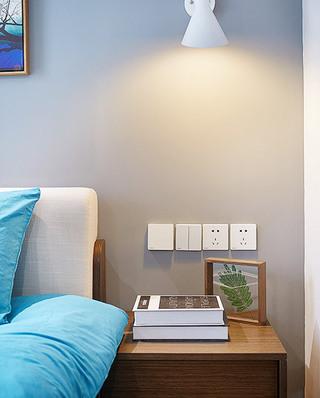 100平北欧三居室床头柜图片