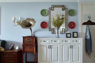 114平美式三居室客厅展示柜图片