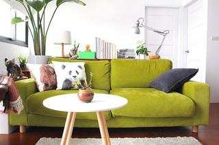 清雅日式客厅双人沙发装饰图