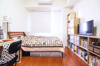 日式风格卧室书架设计