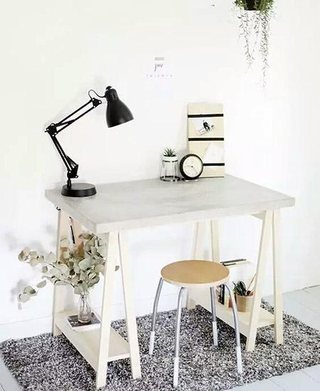 小户型木质书桌设计图