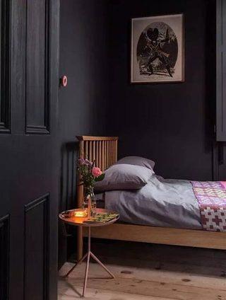 小户型卧室装修装饰图