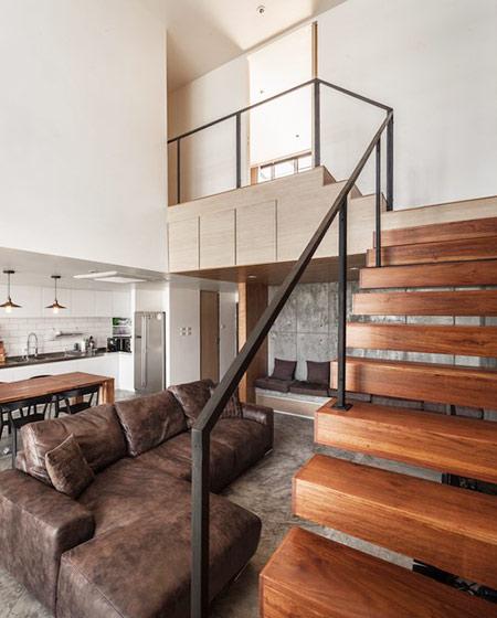 180平复式楼楼梯装修效果图