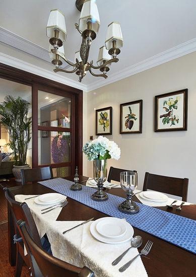 美式田园风格三居室装修餐厅布置图