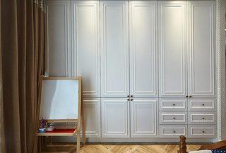白色简美式衣柜设计图