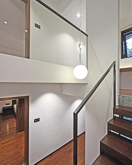 200平错层复式楼吊灯设计