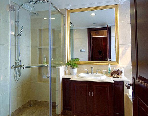 欧式风格三室两厅装修卫生间设计