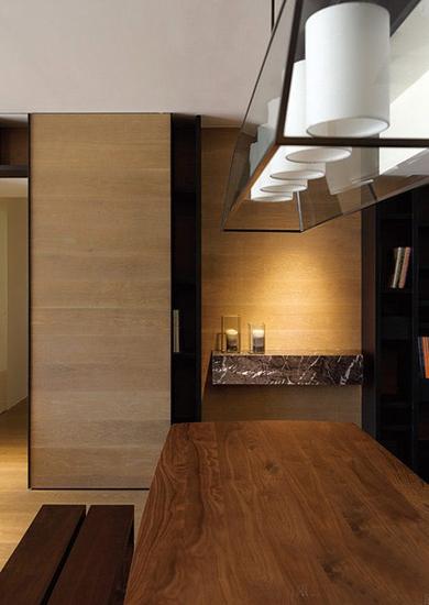 简约风格三居室装修实木餐桌设计