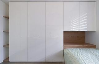简约风格三居室装修整体衣柜装修