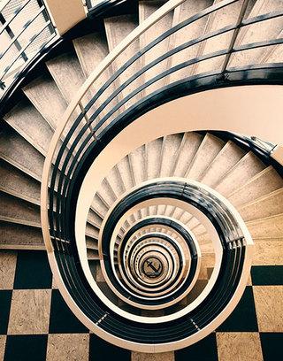 旋转楼梯布置摆放图