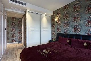 美式风格三室两厅装修卧室衣柜效果图
