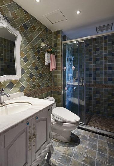 美式风格三室两厅装修卫生间设计
