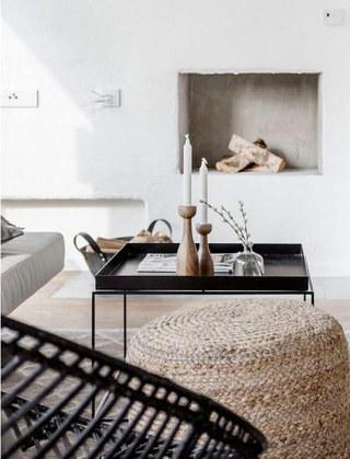 阁楼公寓客厅茶几设计图