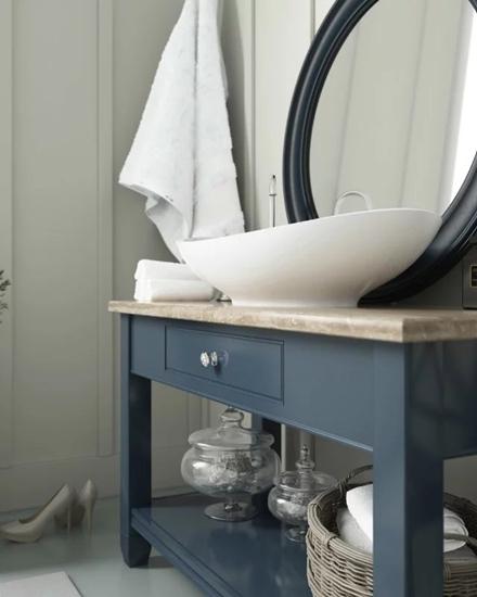 北欧风格公寓装修浴室柜图片