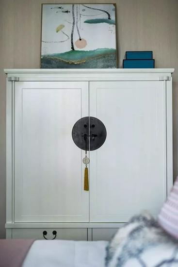 简约风格联排别墅中式风格收纳柜