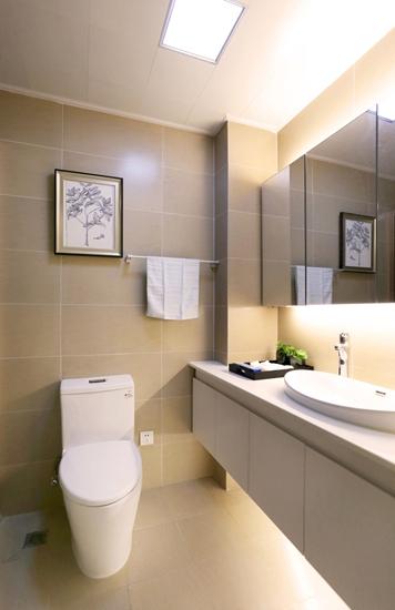 简约风格三室两厅装修卫生间装修