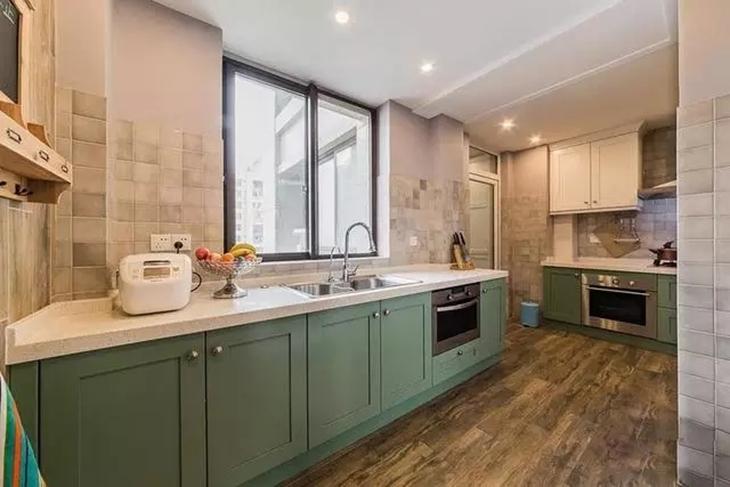 文艺美式厨房 薄荷绿橱柜设计