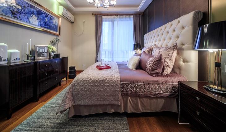 简欧风情 华丽卧室床品图片