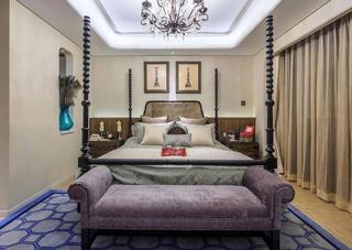 美式风格三居室装修卧室窗帘图片