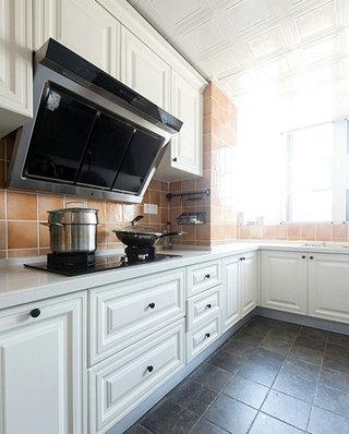130平美式公寓厨房装修装潢图