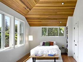 森系卧室木质吊顶效果图 环保就在身边